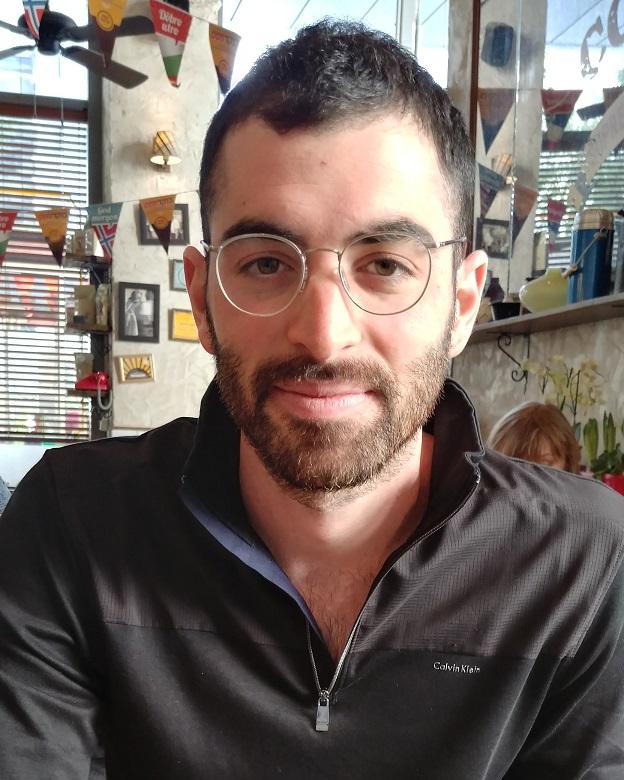 יניב יוסבשווילי-מורה לדהרמה- בודהיזם טיבטי